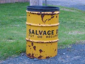 Une magnifique poubelle trouvée sur deviantart.com